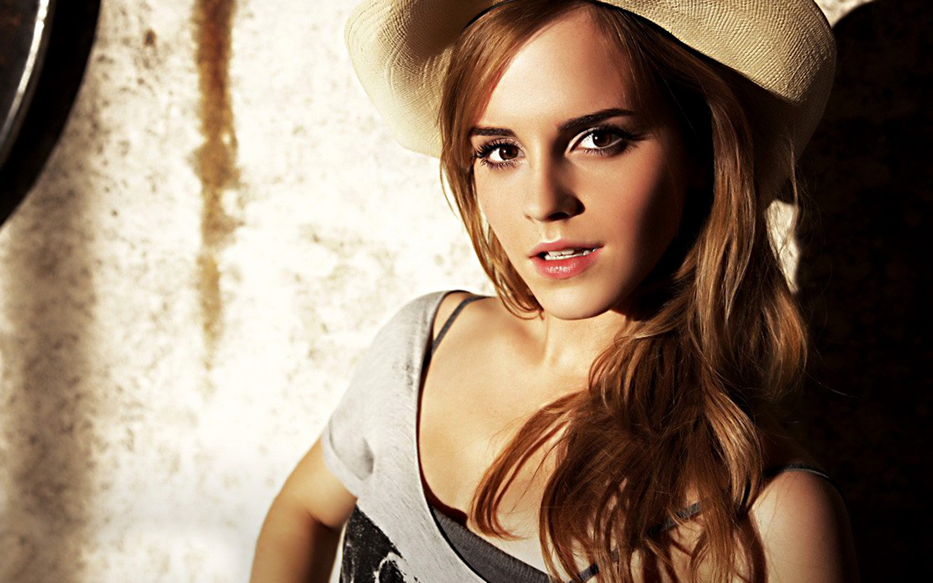 the sexiest emma watson hd wallpapers - all hd wallpapers