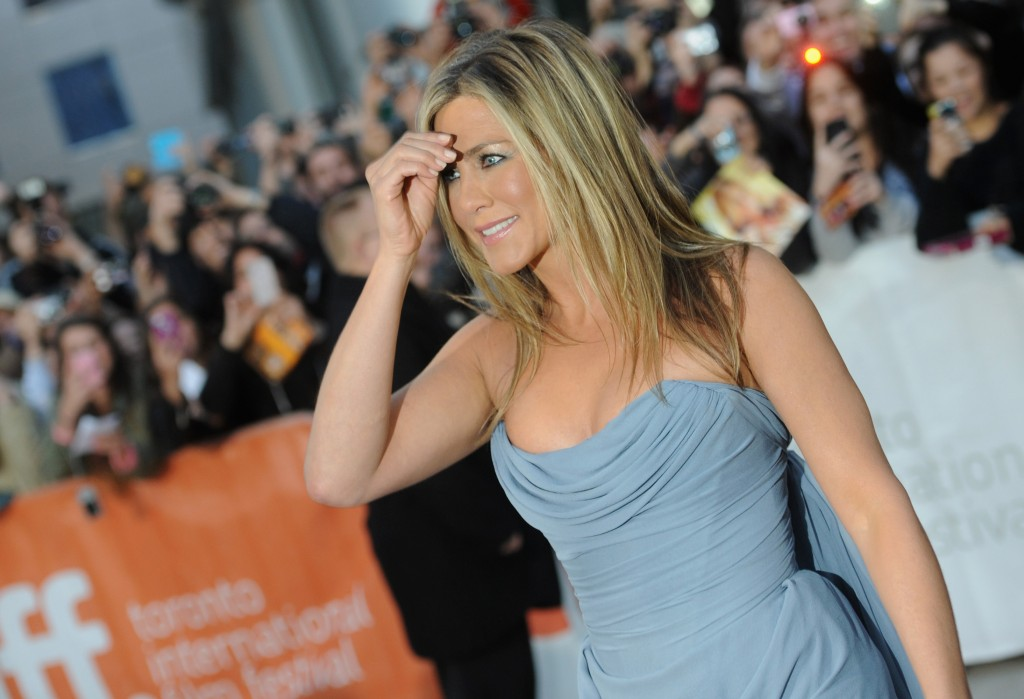 Jennifer Aniston (10)