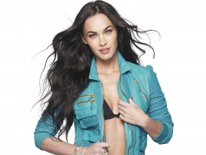 Beautiful Megan Fox Actress New HD Wallpapers