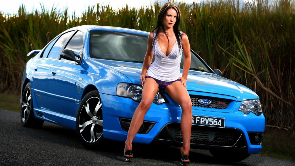 Girls With Car (2)