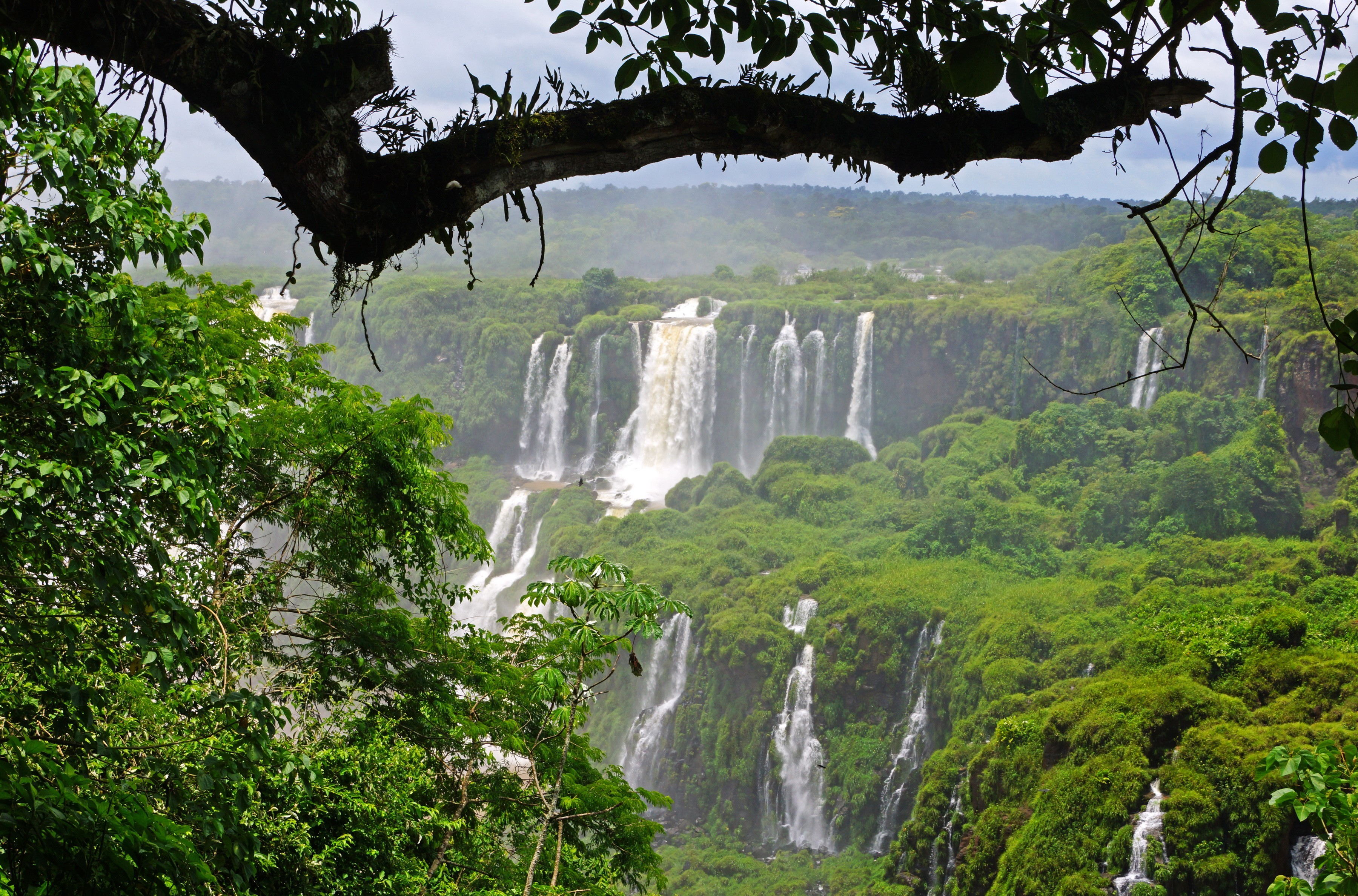 Must see Wallpaper Desktop Background Waterfall - Iguazu-Falls-5  Pic_934765 .jpg