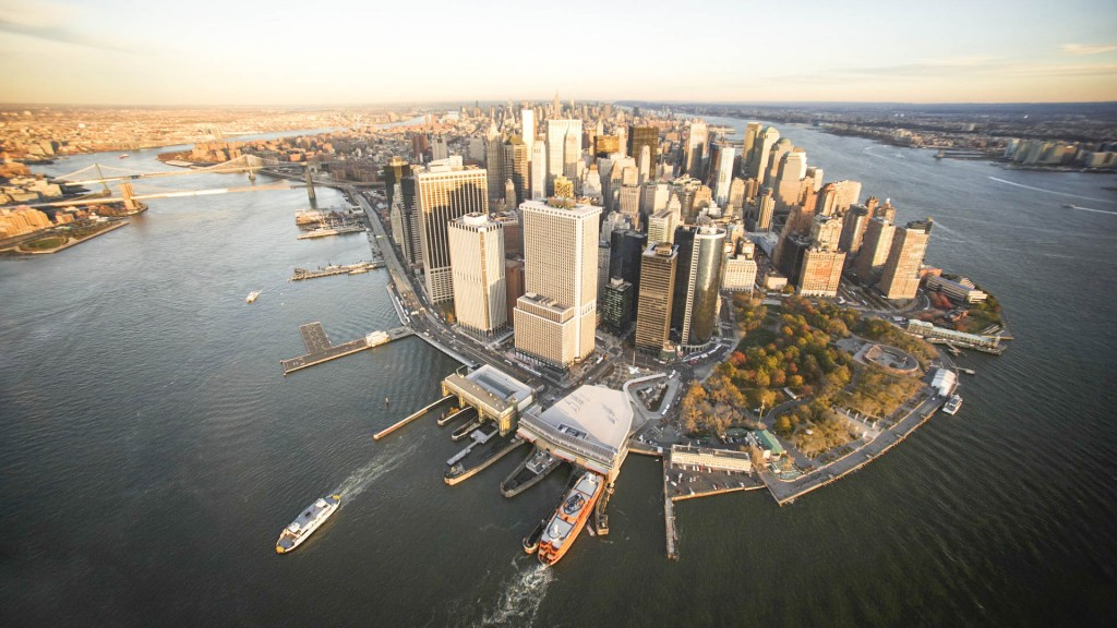 10 Nov 2010, New York, New York, USA --- Aerial view of Lower Manhattan with the East River and the Hudson River --- Image by © Cameron Davidson/Corbis