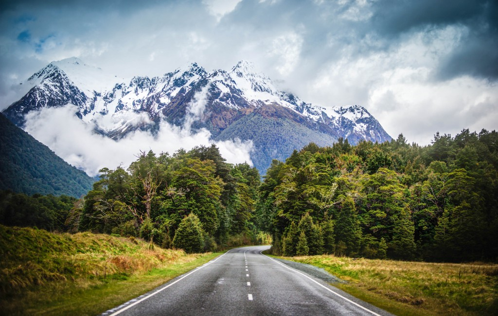 trey-ratcliff-road-to-milford-sound-new-zealand