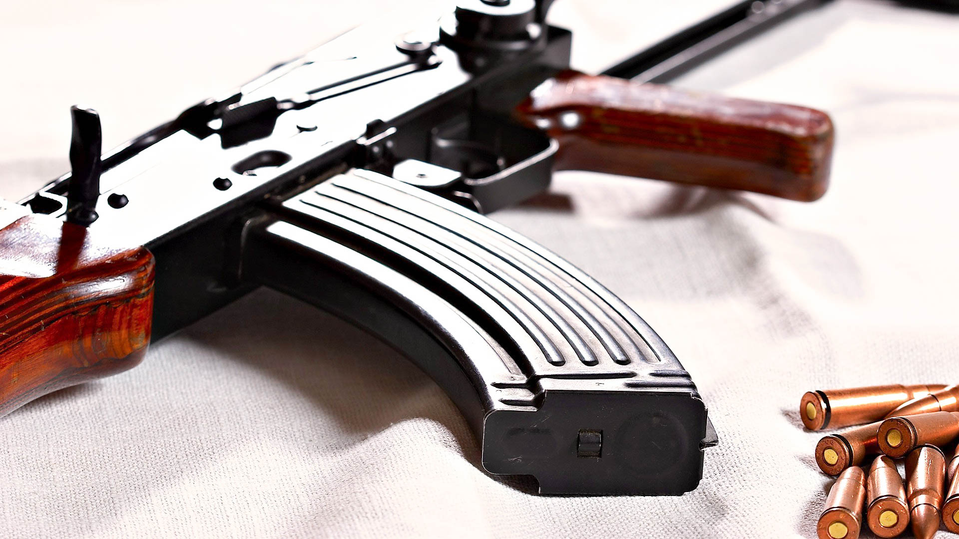 ak 47 awesome hd wallpapers pictures in high resolution