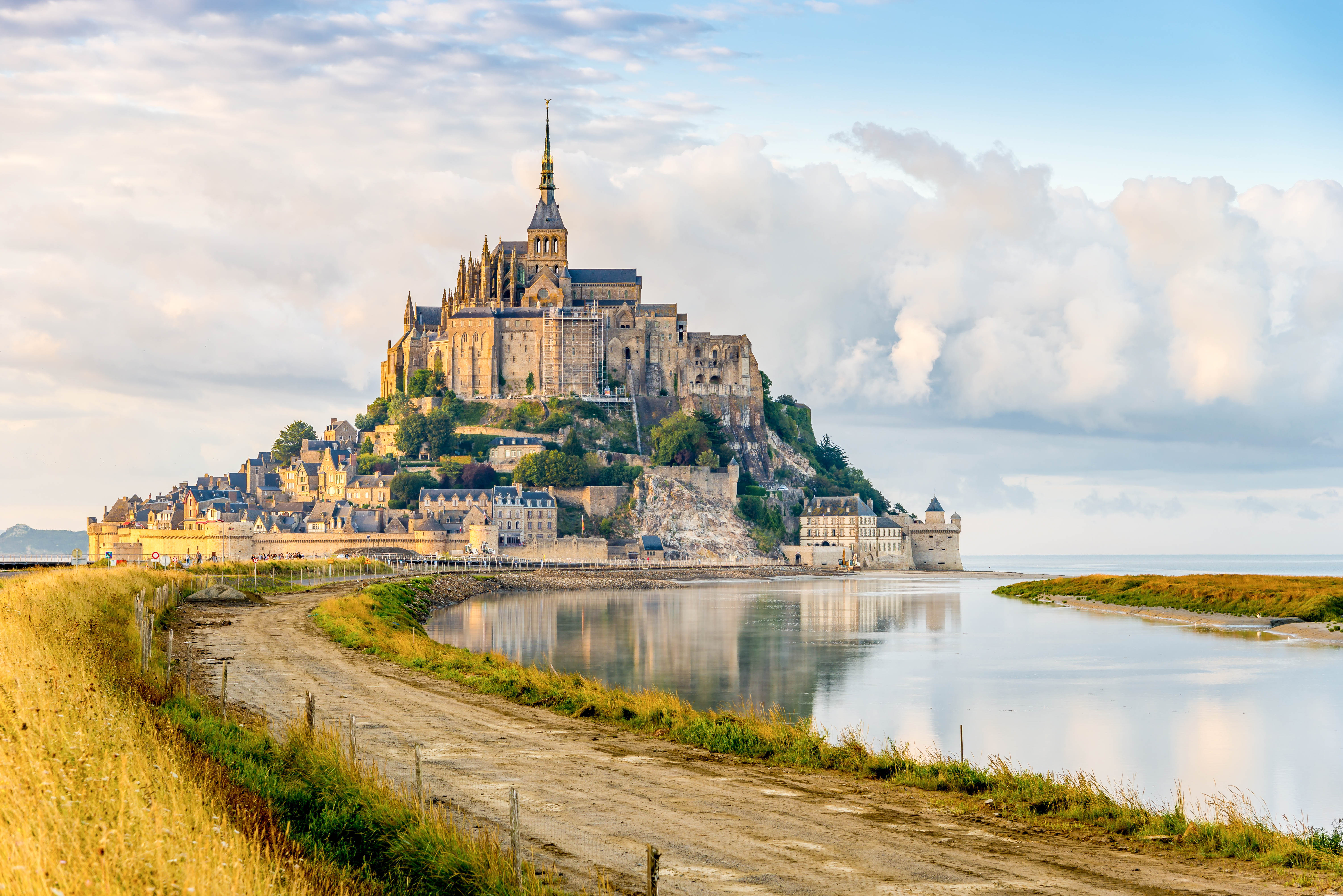 mont saint michel beautiful hd wallpapers images in high resolution all hd wallpapers. Black Bedroom Furniture Sets. Home Design Ideas