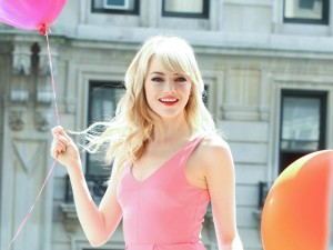 Cute Emma Stone HD Pictures,Photos & Images(High Quality)