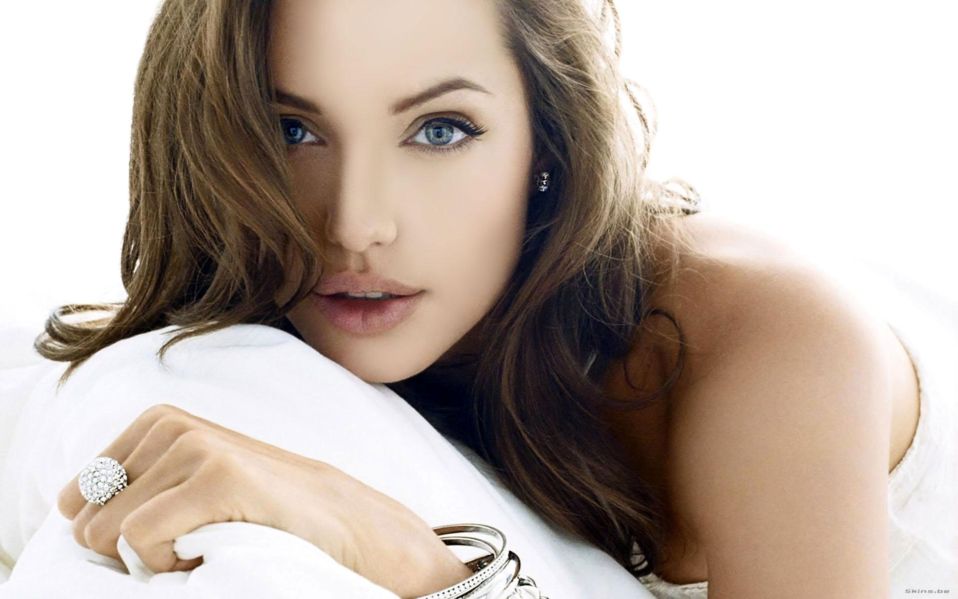 Hollywood Actress Angelina Jolie Sexy Wallpapers All Hd Wallpapers
