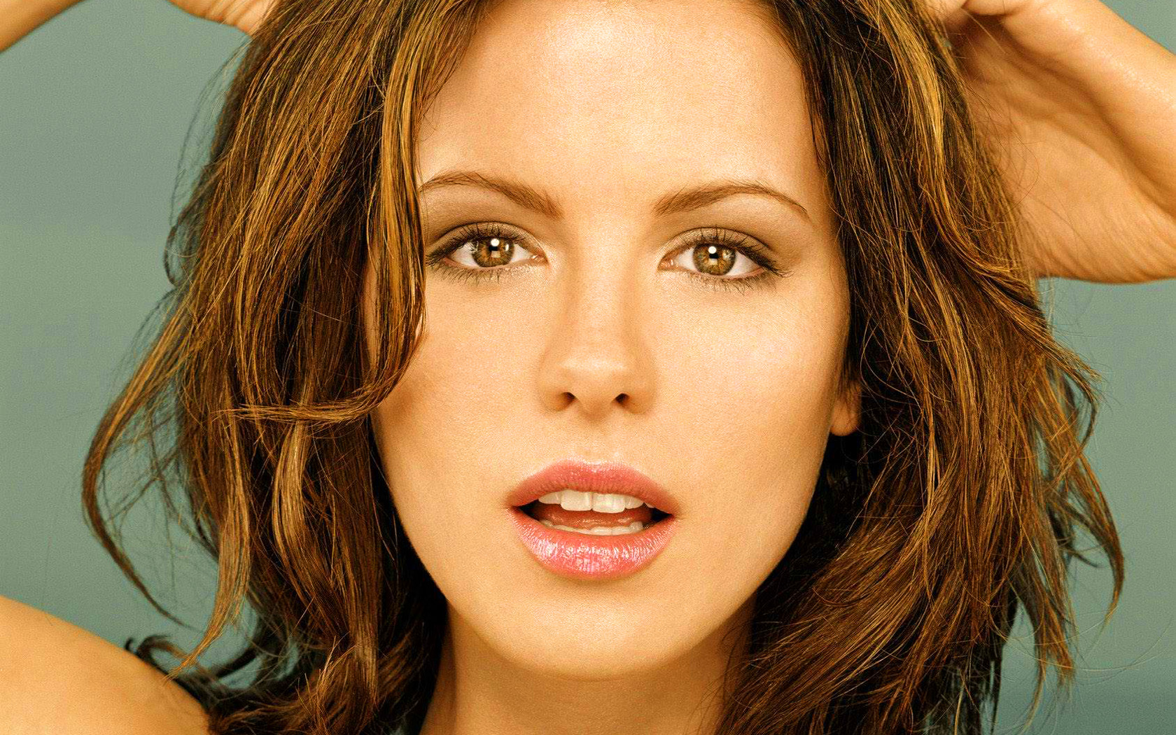 Kate Beckinsale Hottest And Sexy Wallpapers - All Hd -5743