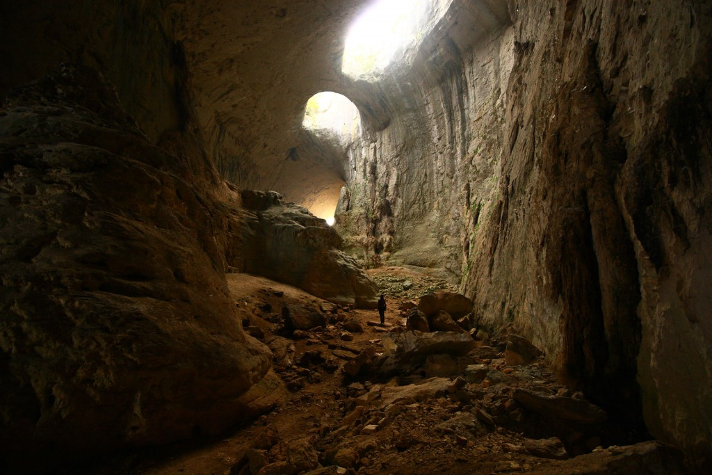 Cave (5)