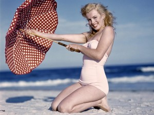 Cute Marilyn Monroe HD Pictures,Photos & Images(High Quality)