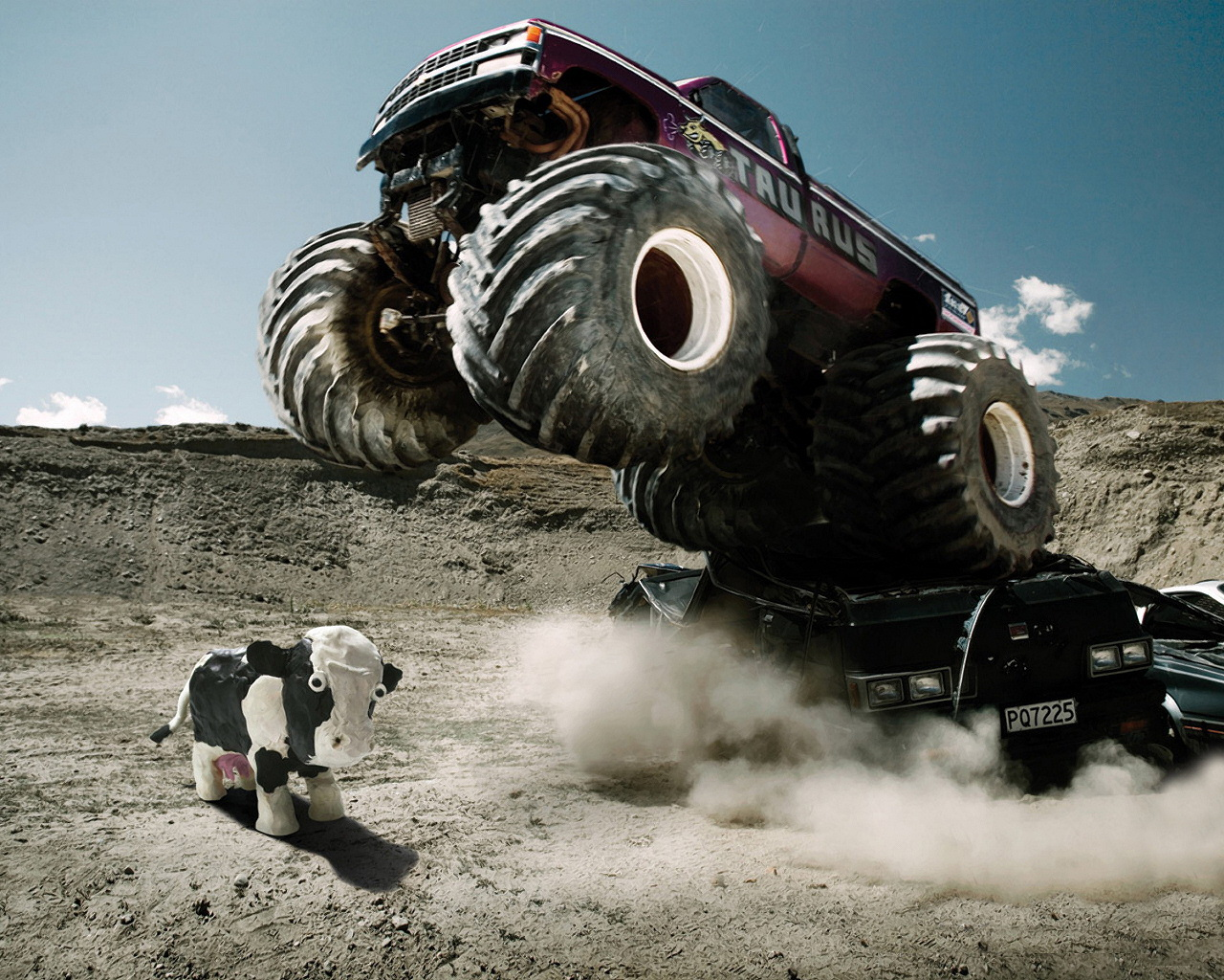 Monster Truck Some Amazing Wallpapers Images High Definition All Hd Wallpapers