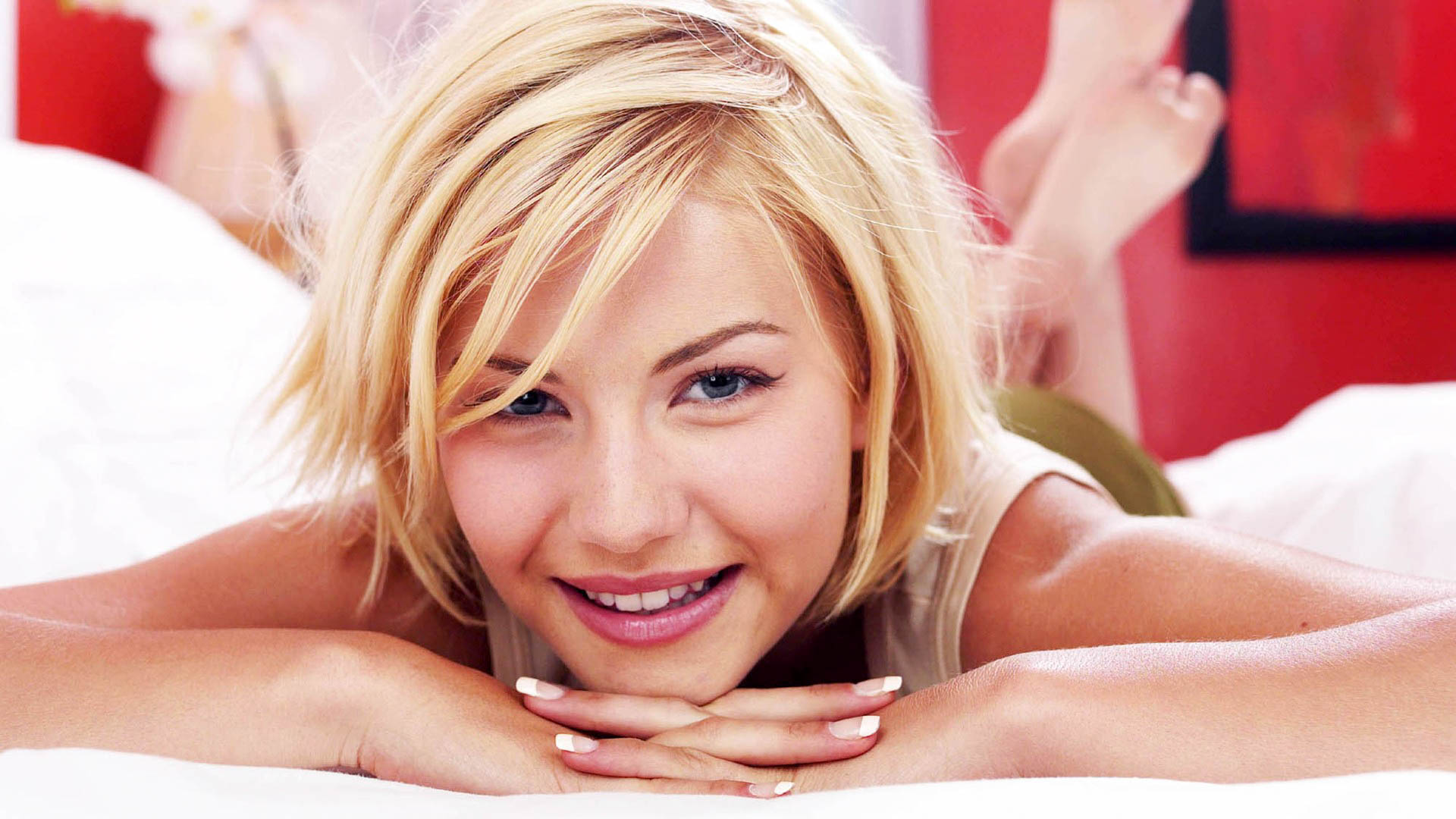 Cutest Elisha Cuthbert Sexy Hd Wallpapers Images High Quality
