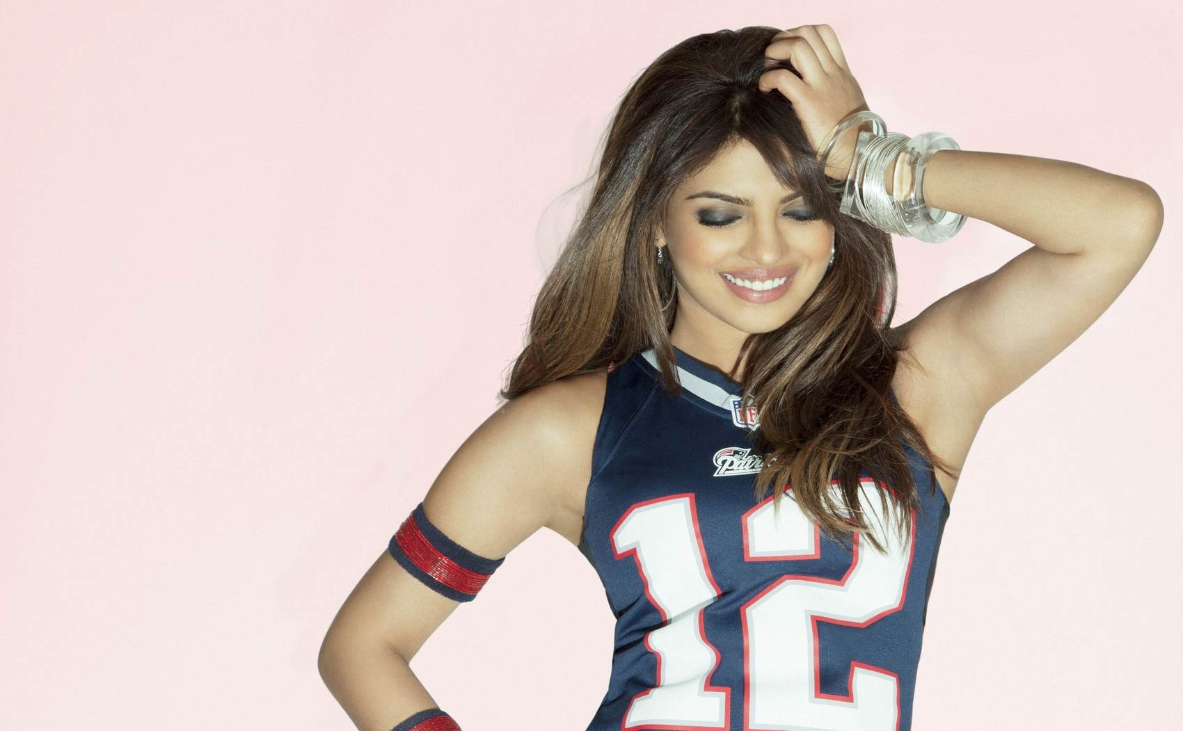 Beautifl Priyanka Chopra New Hottest Pictures Wallpapers -6601
