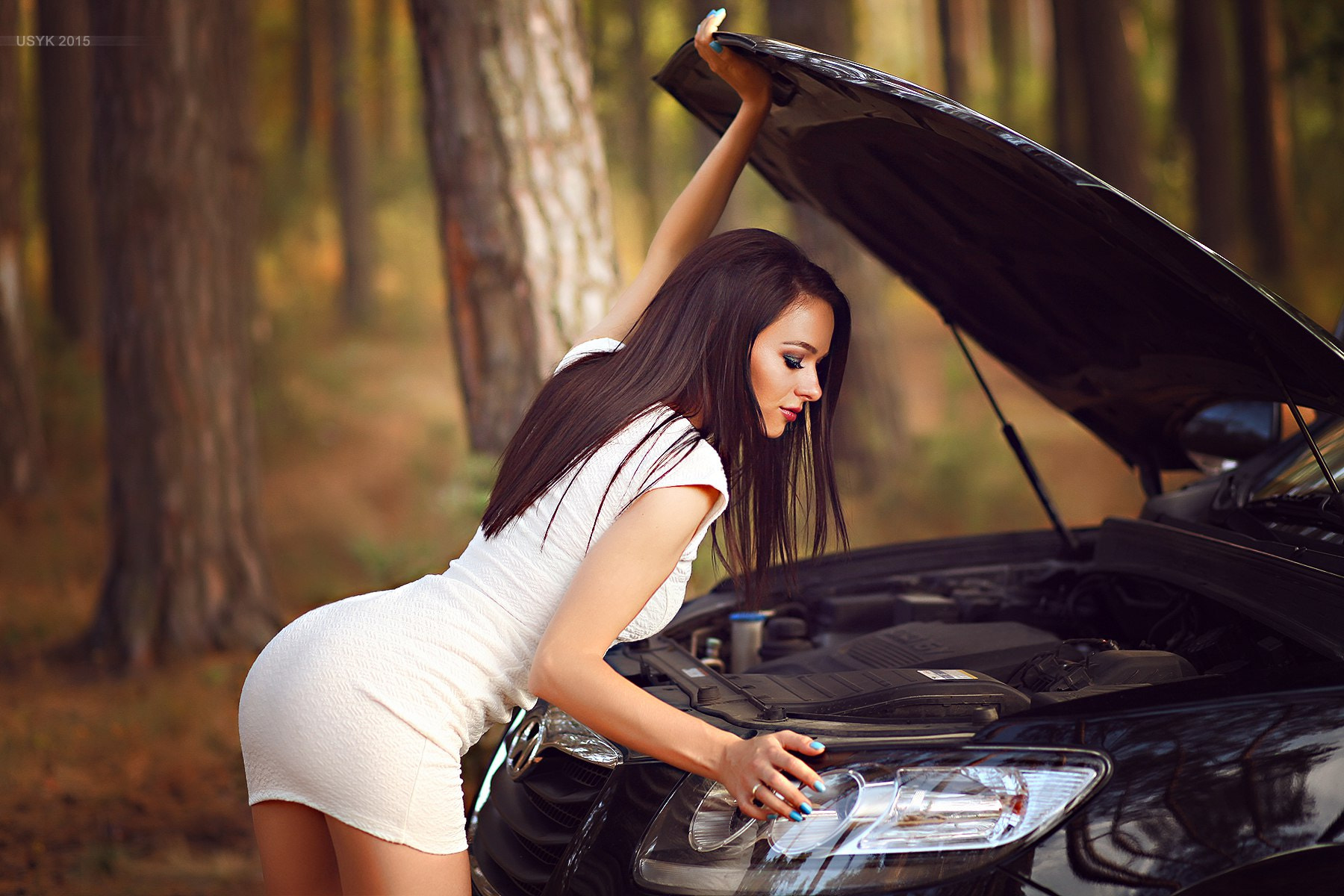 Cars Checking engine girls wallpapers